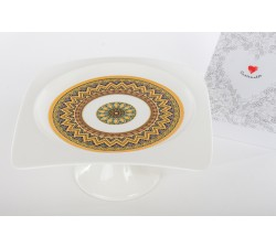 Dim. d25 H12 alzata linea cuord'oriente in porcellana finemente decorata con smalti e oro, scatola regalo inclusa. D6272